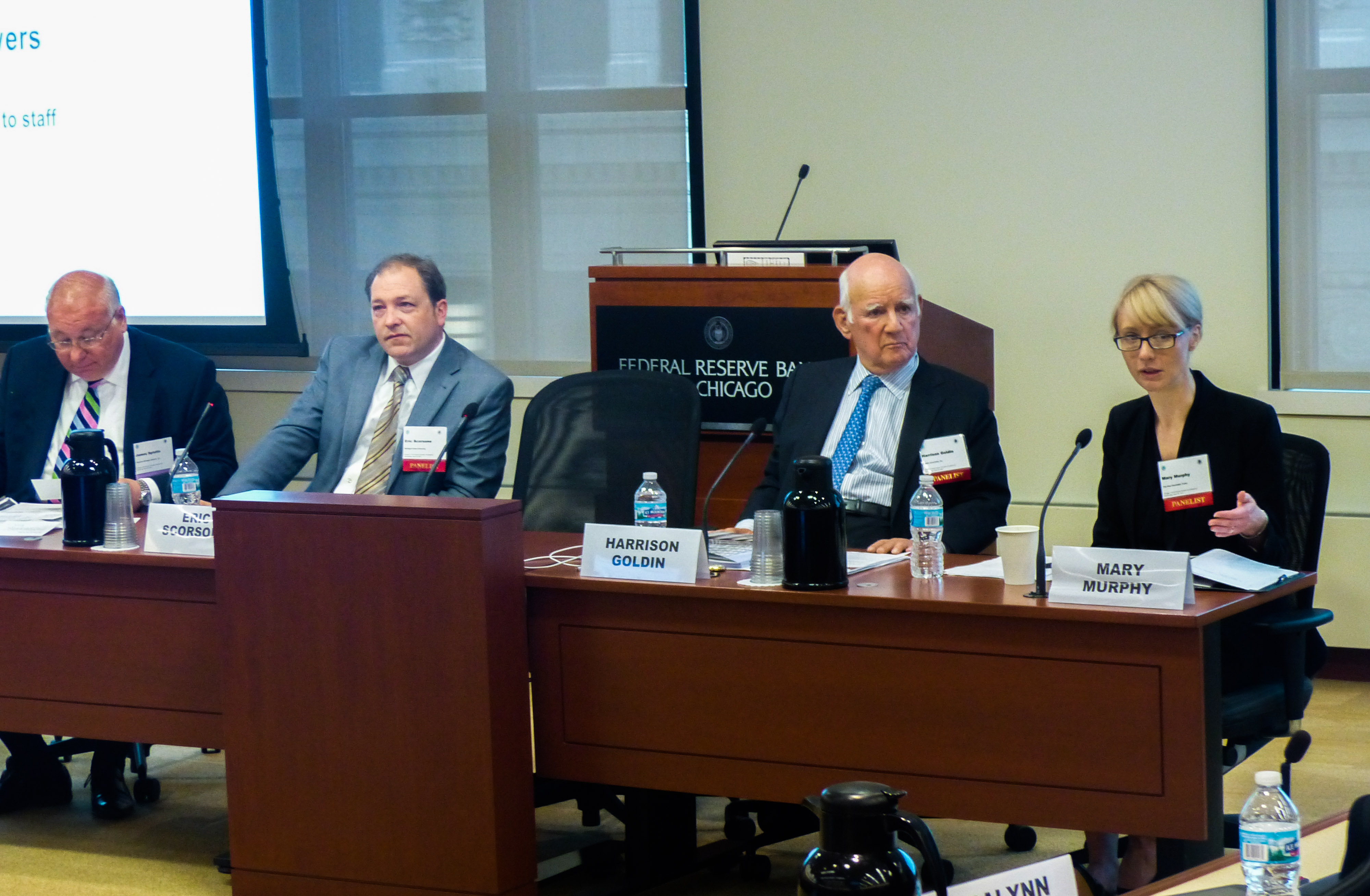 Federal Reserve Bank of Chicago, Civic Federation, annual forum panel